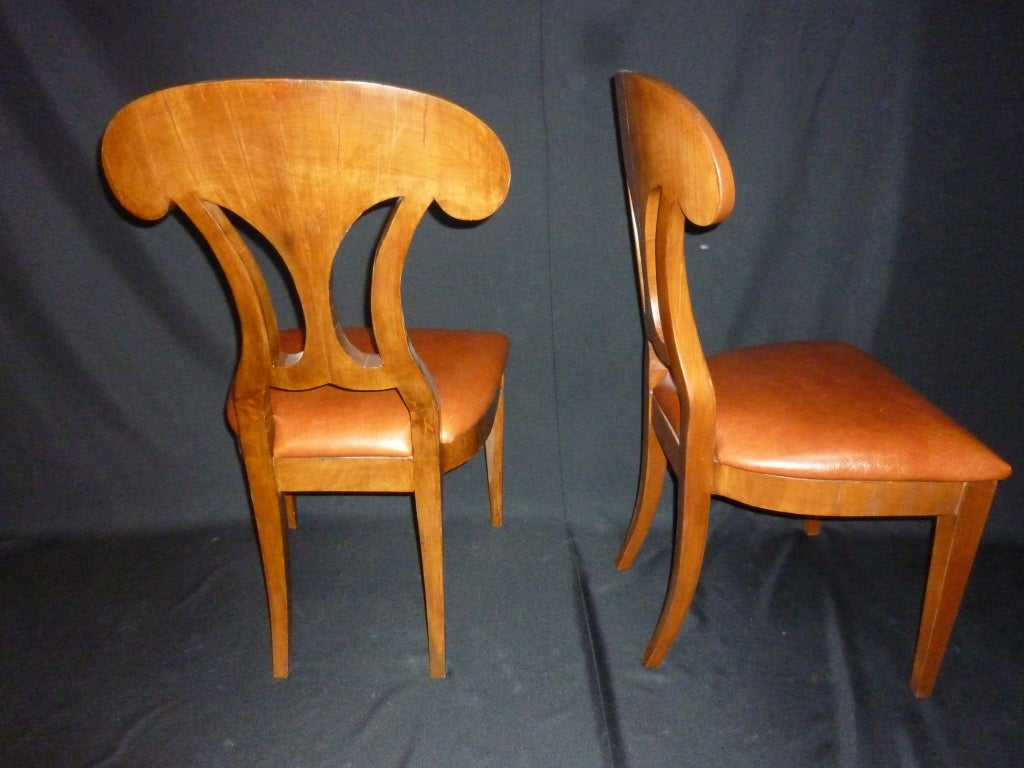 Mid-20th Century Magolini Design Table and Four Chairs For Sale