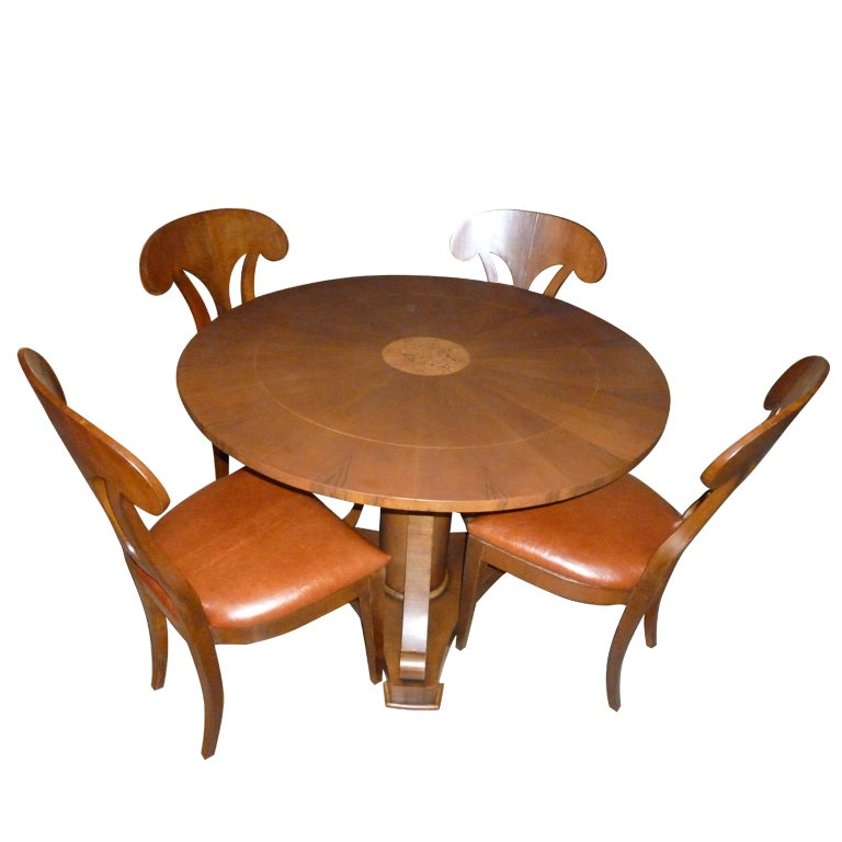 Magolini Design Table and Four Chairs For Sale