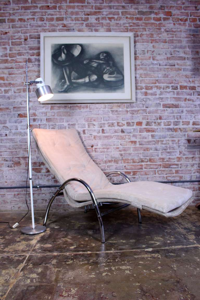 Italian Chaise Longue For Sale 1