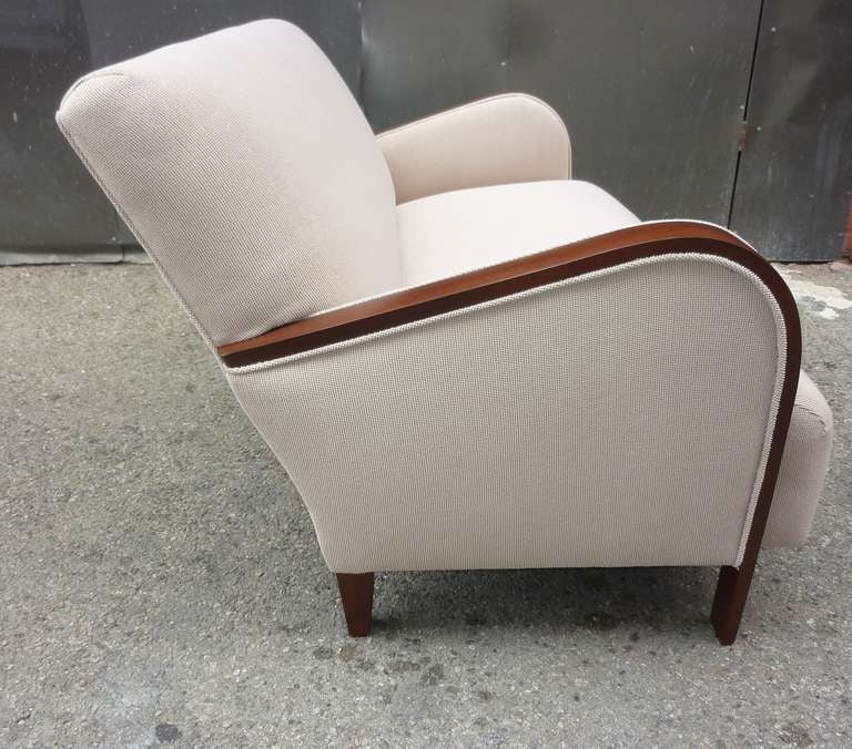 French Art Deco Settee In Excellent Condition For Sale In Los Angeles, CA