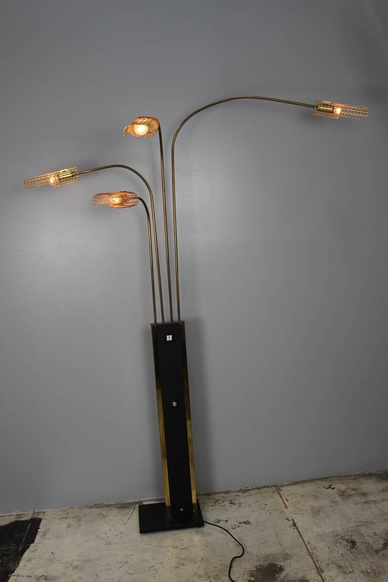 Italian Brass Floor Lamp, 1970s For Sale 1