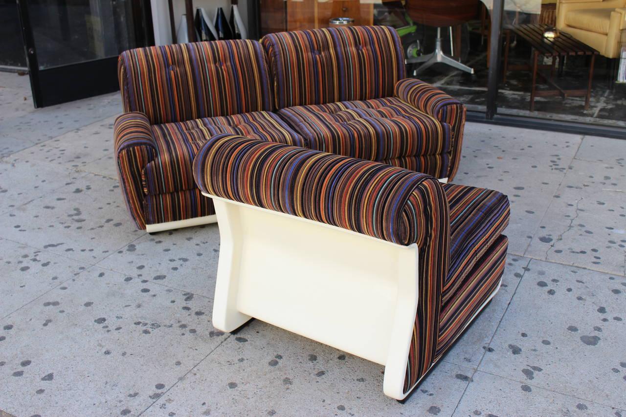 Mid-20th Century Italian Three-Seat Sofa in the Style of Mario Bellini For Sale