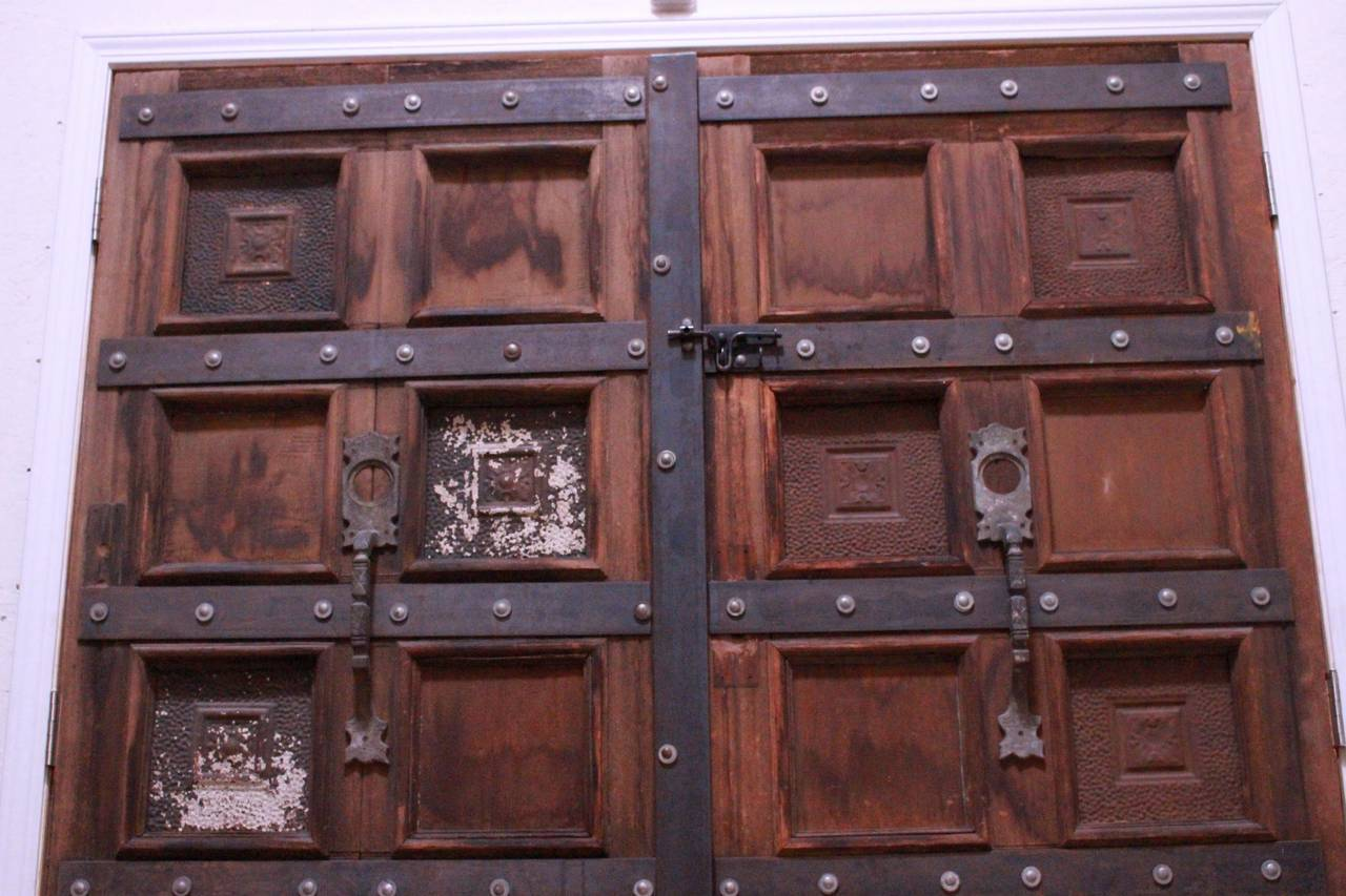 Antique Gypsy Door In Distressed Condition For Sale In Los Angeles, CA