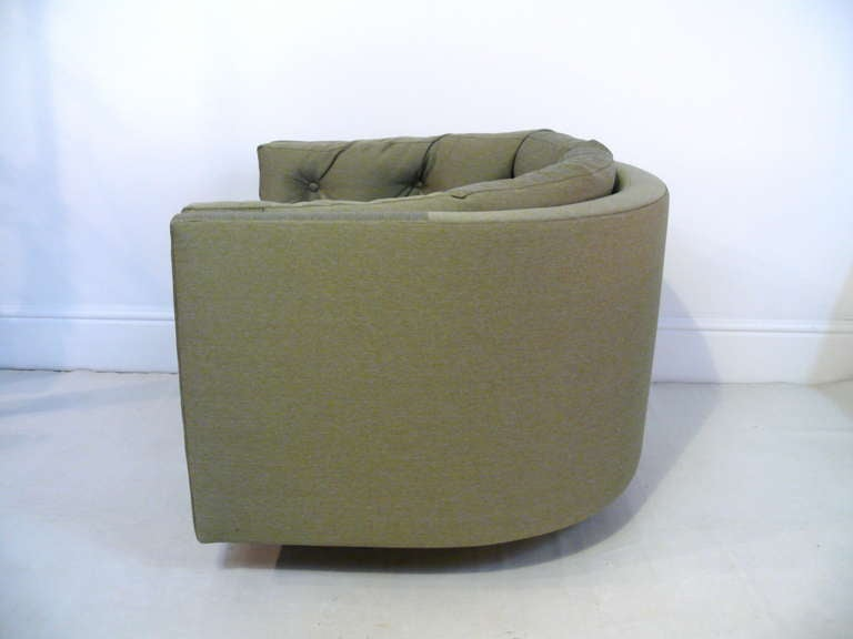 20th Century Pair of Tufted Barrel Back Swivel Chairs For Sale