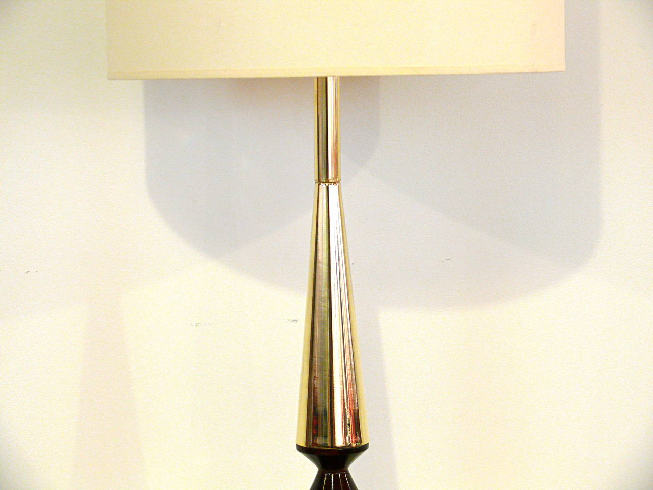 Mid-Century Modern Pair of Tony Paul for Westwood Walnut and Brass Lamps For Sale