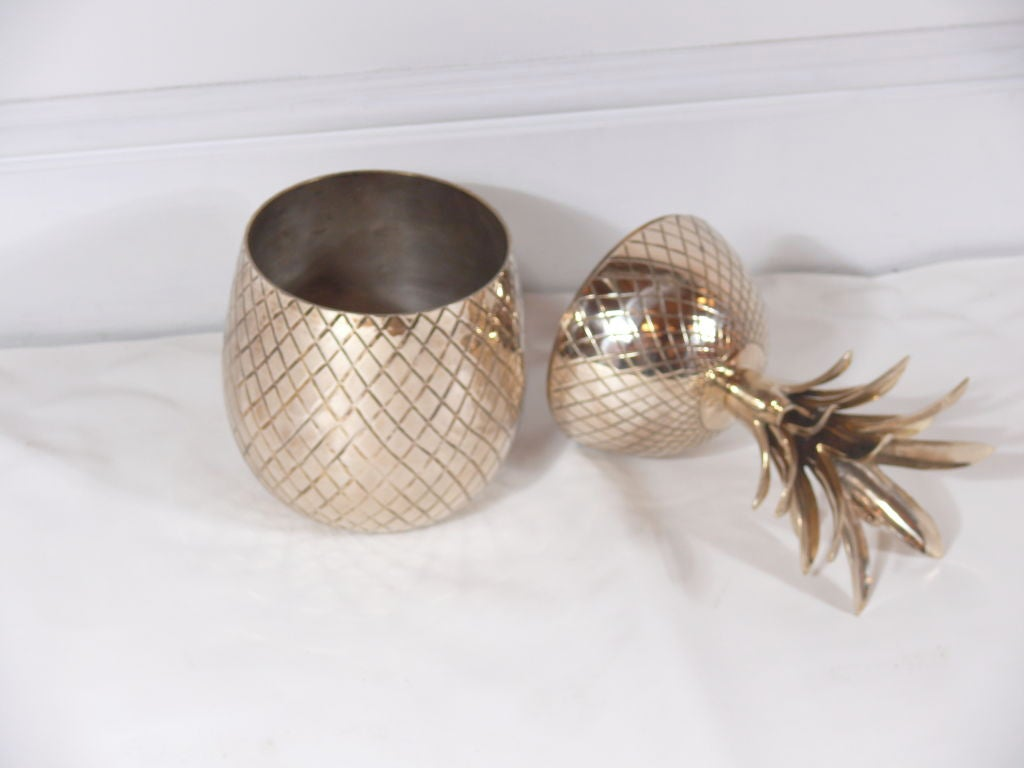 Large Brass Pineapple Covered Container For Sale 3