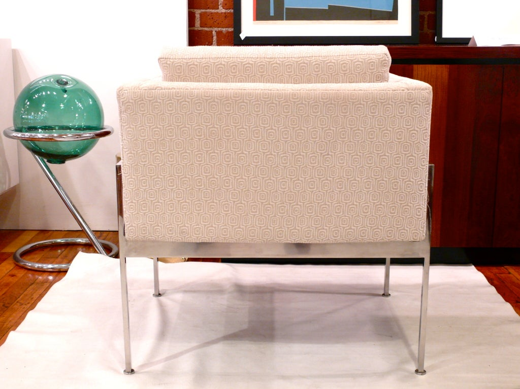 Pair of Chrome and Upholstered Chairs in the Manner of Knoll For Sale 3