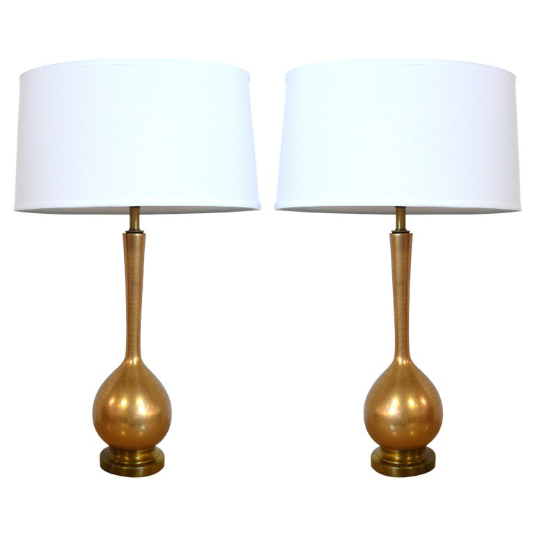 Pair of gold crackle table lamps at 1stdibs for Gold crackle floor lamp