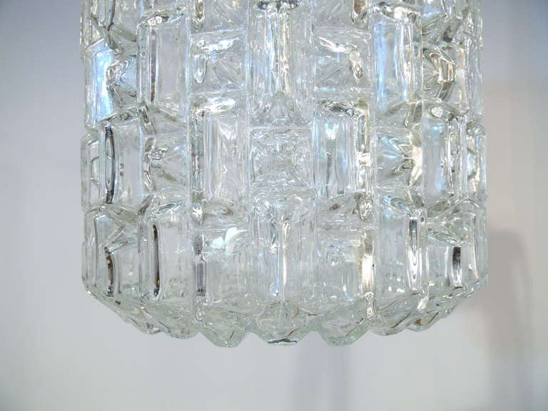 Pair of Glass Pendant Lights In Good Condition For Sale In New York, NY
