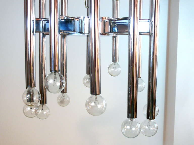 American Twenty-Two-Light Scolari Chrome Rod Chandelier For Sale