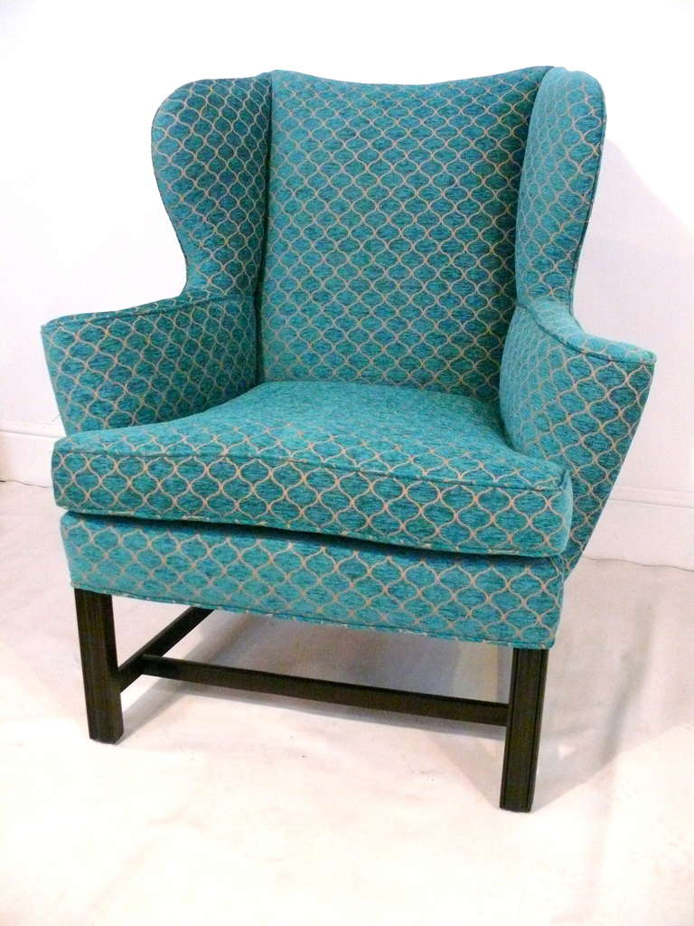 Mid-Century Modern Pair of Curvaceous Wingback Chairs For Sale