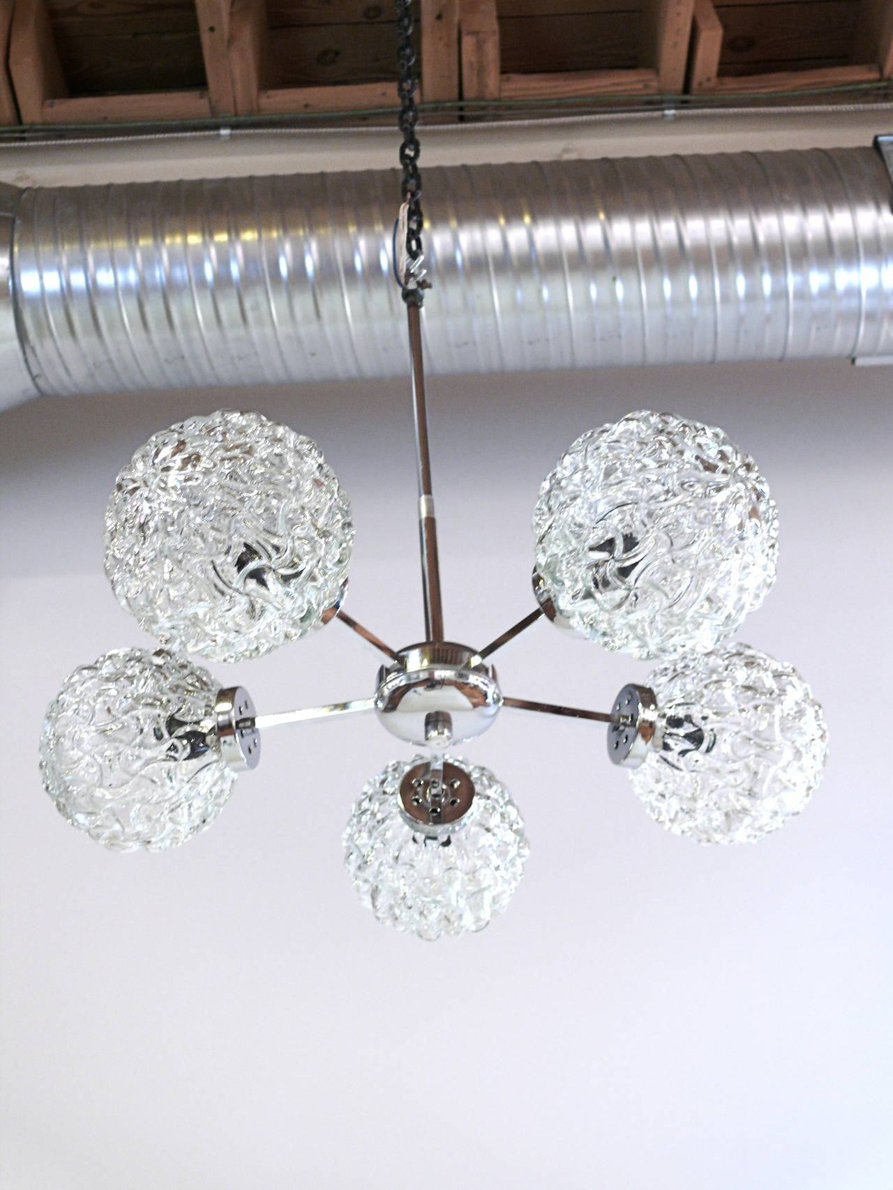 Five-Globe Glass and Chrome Sputnik Chandelier in the Style of Kalmar For Sale 2