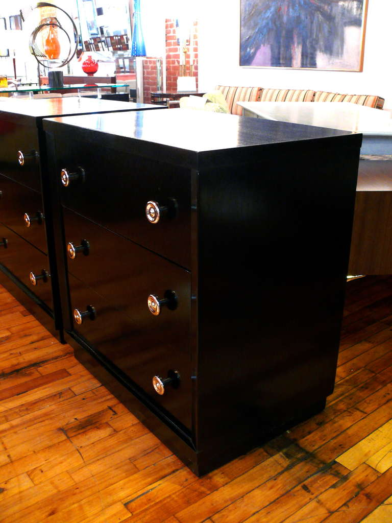 Pair of Ebonized Three-Drawer Midcentury Chests For Sale 1