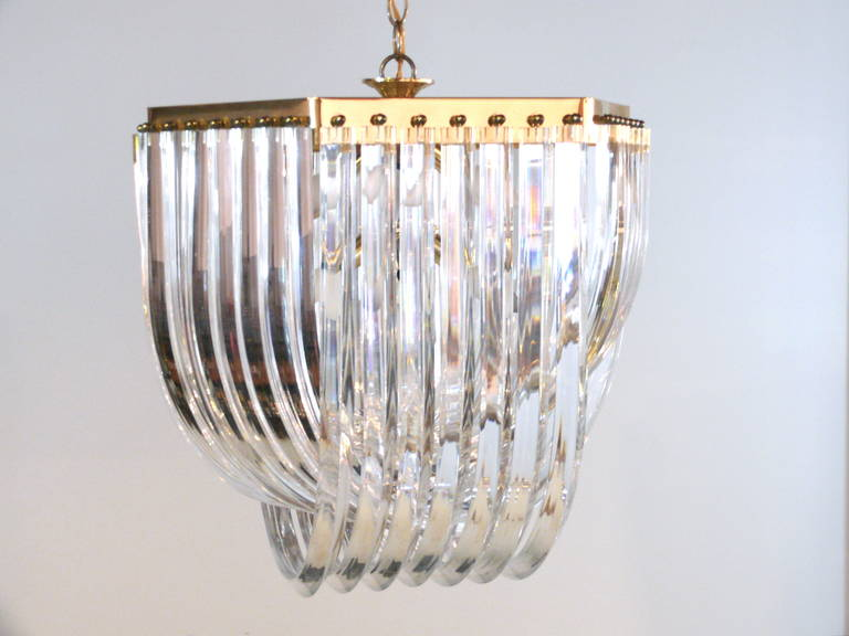 Mid-Century Modern Iitalian Lucite and Brass Swag Chandelier For Sale