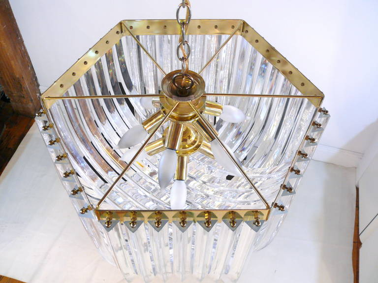 Iitalian Lucite and Brass Swag Chandelier 10