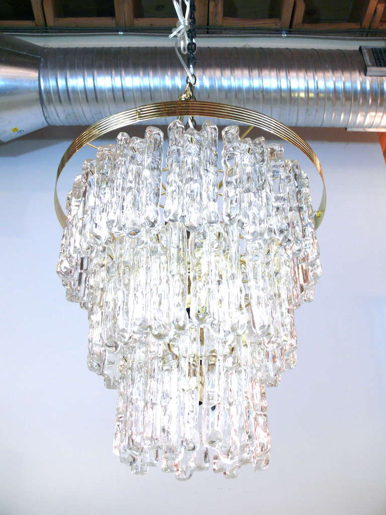 20th Century Tiered Lucite Icicle Chandelier For Sale