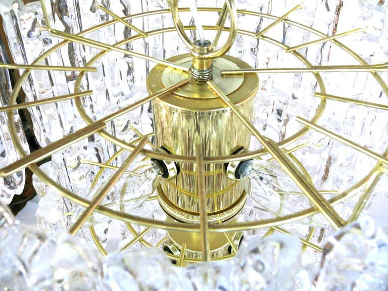 Tiered Lucite Icicle Chandelier For Sale 1