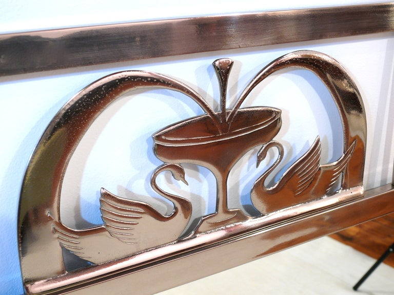 Art Nouveau Swan Mirror In Good Condition For Sale In New York, NY
