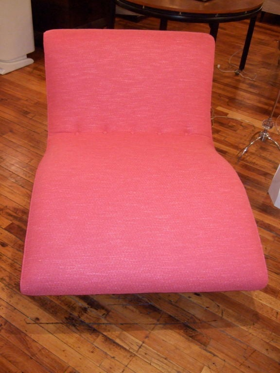 Hot Pink Curvy Chaise Lounge 4