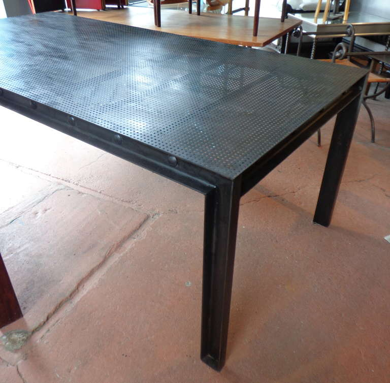 Merveilleux International Style Steel Parsons Dining Table With Perforated Metal Top  For Sale