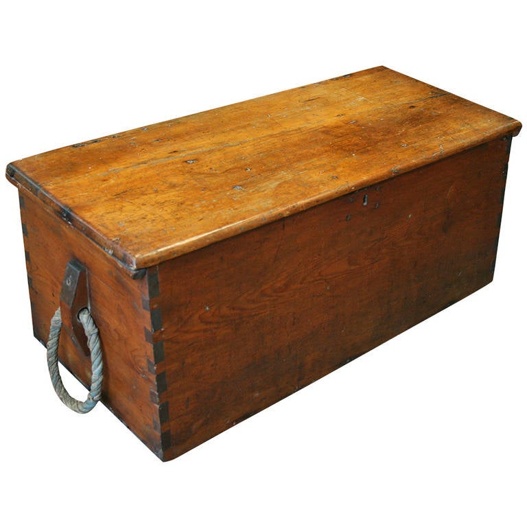 Wood Seaman 39 S Trunk With Rope Handles At 1stdibs
