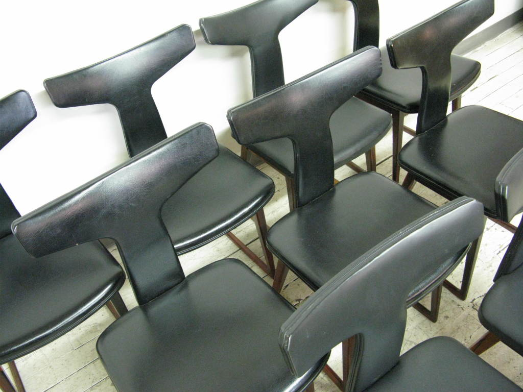Danish Set of 10 Dining Chairs by Arne Vodder