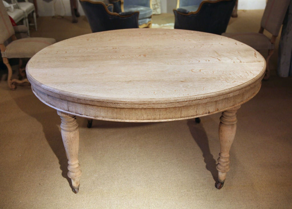 Incroyable A Very Substantial Bleached Oak Table With Turned Legs On Casters.