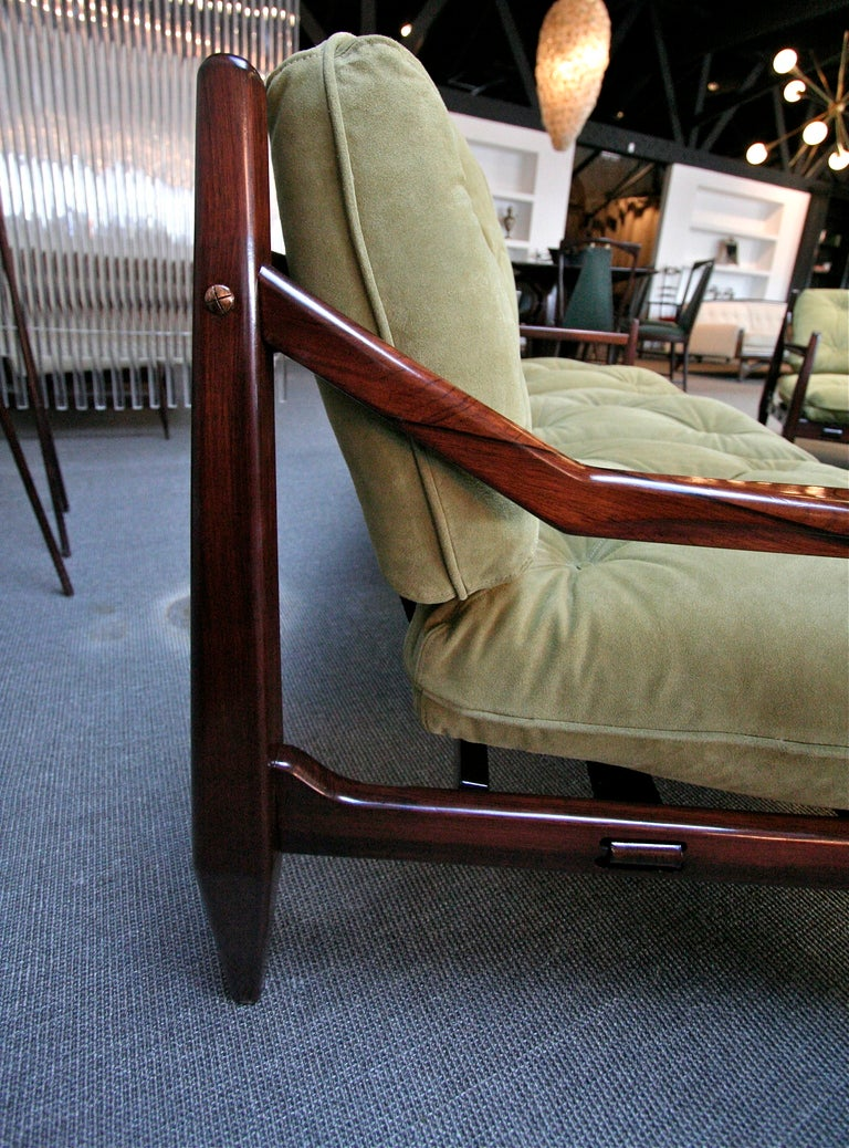 Jean Gillon 1960s Brazilian Jacaranda Three-Seat Sofa For Sale 4