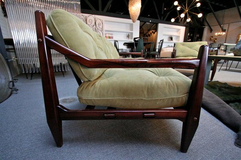 Jean Gillon 1960s Brazilian Jacaranda Three-Seat Sofa For Sale 1