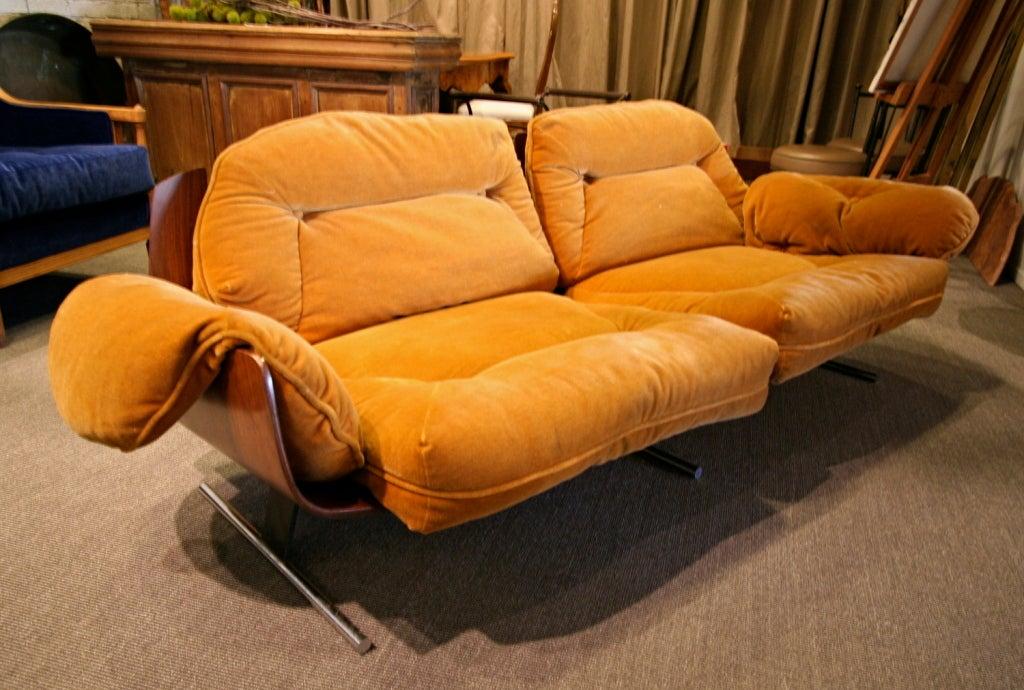 Very rare 70 39 s jacaranda sofa by jorge zalszupin at 1stdibs for Sofa 1 70 breit