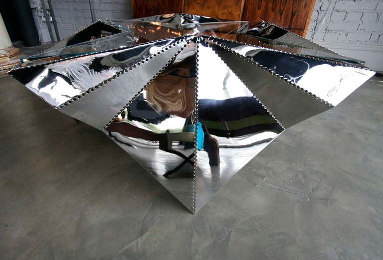 Star-shaped Metal And Glass Coffee Table For Sale 2