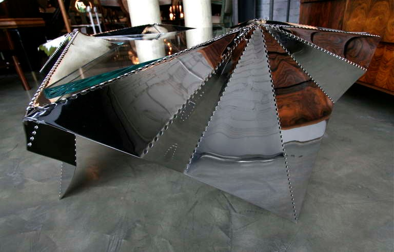 Star-shaped Metal And Glass Coffee Table For Sale 3