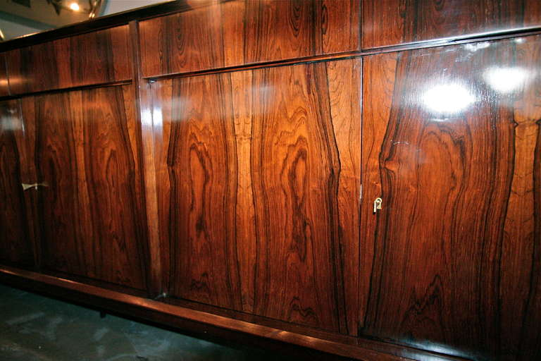 Long Brazilian Jacaranda Sideboard In Good Condition For Sale In Los Angeles, CA