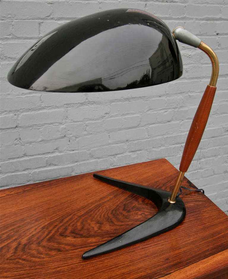 Black metal desk or table lamp by Lightolier from the 1960s with wood and brass details.
