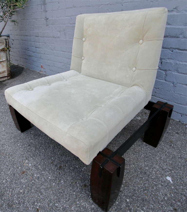 Mid-Century Modern Jorge Zalszupin 1960s Brazilian Jacaranda Wood Lounge Chair in Beige Suede For Sale