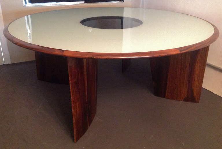 Mid-20th Century 1960s Brazilian Jacaranda Round Dining Table for Eight For Sale