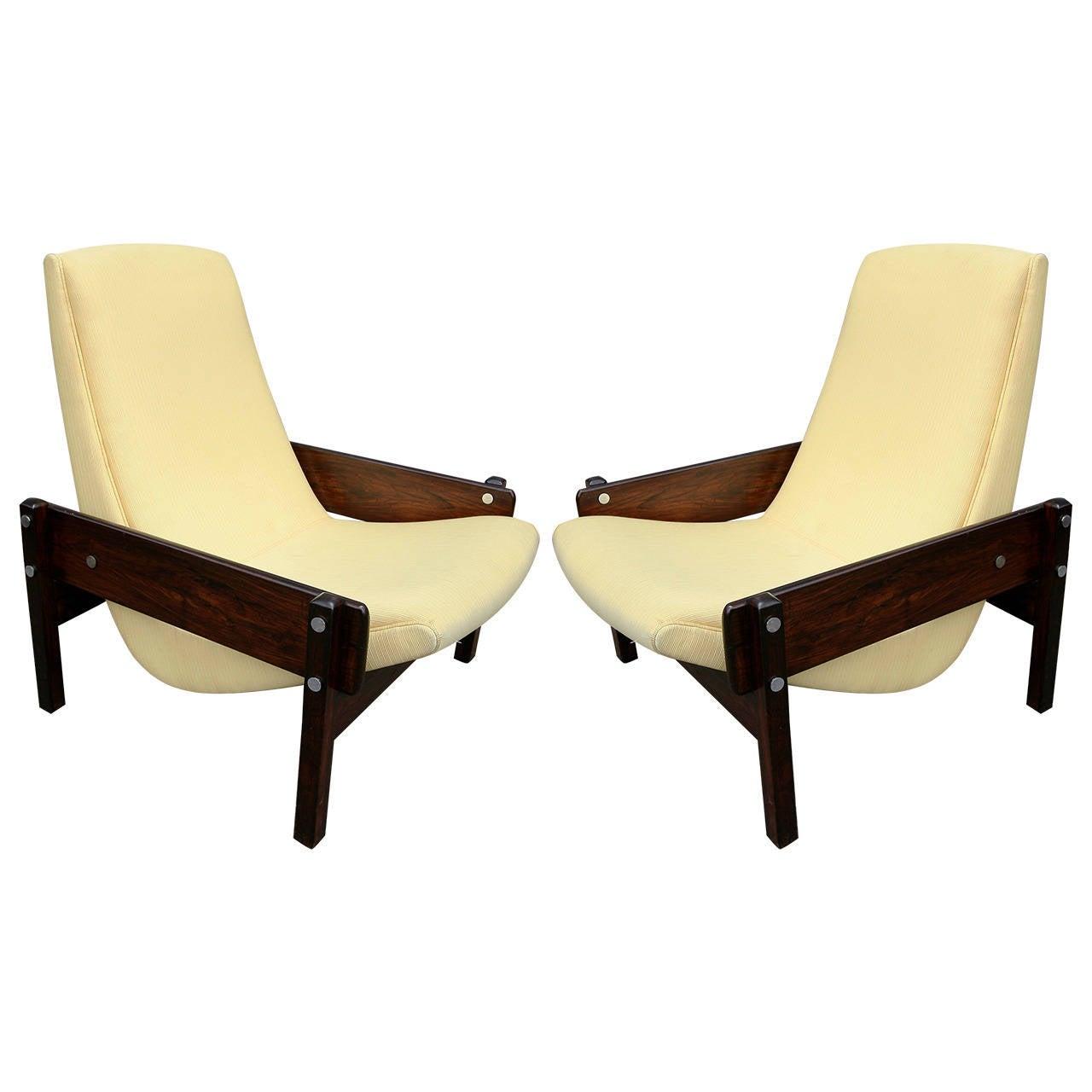 Pair Of 1960s Sergio Rodrigues Brazilian Jacaranda Vronka Chairs 1