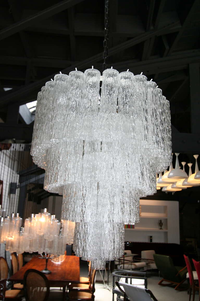 Large 1970s Venini Murano Clear Glass Chandelier with Five Tiers For Sale 3