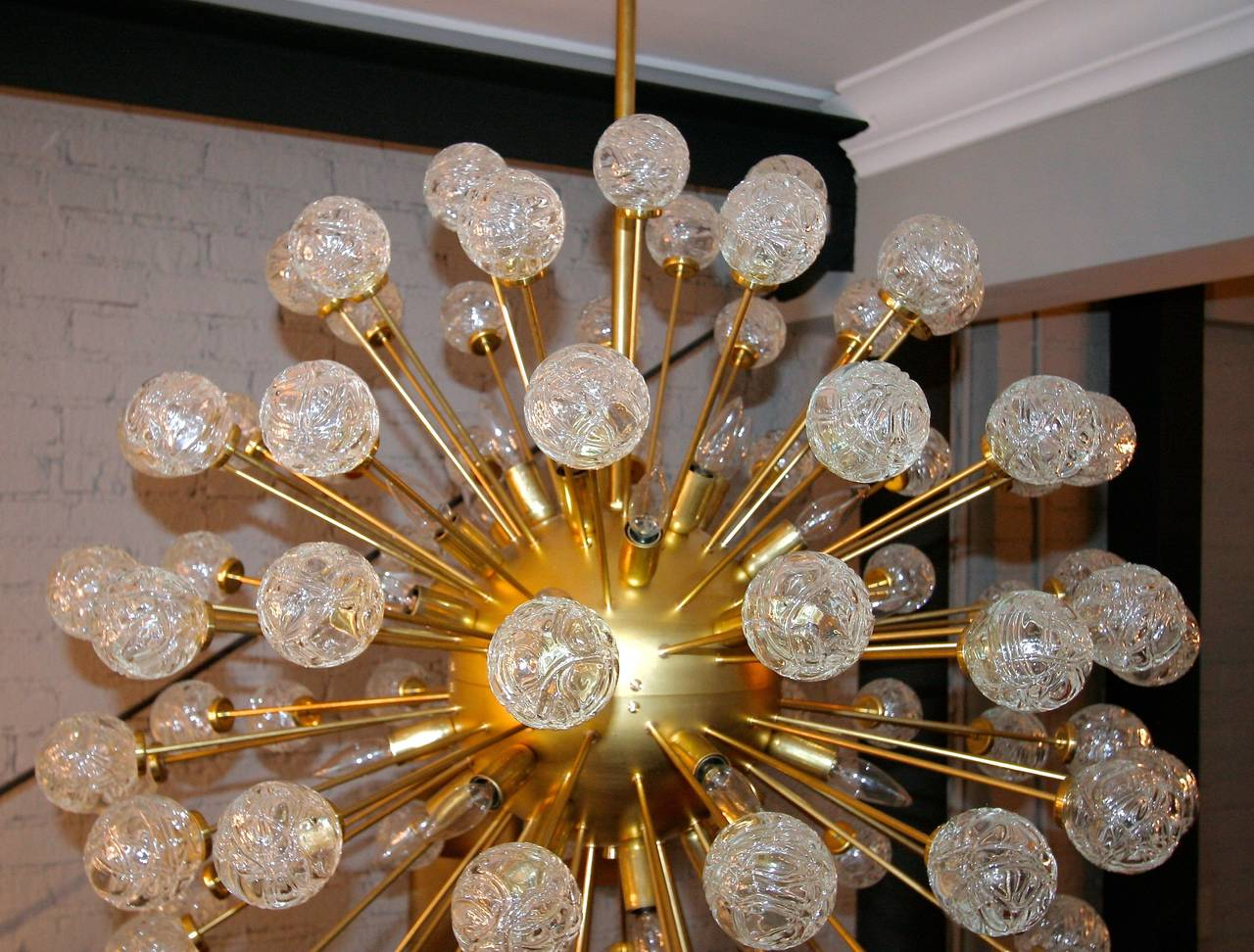 Rose Sputnik Chandelier, 1980s In Good Condition For Sale In Los Angeles, CA