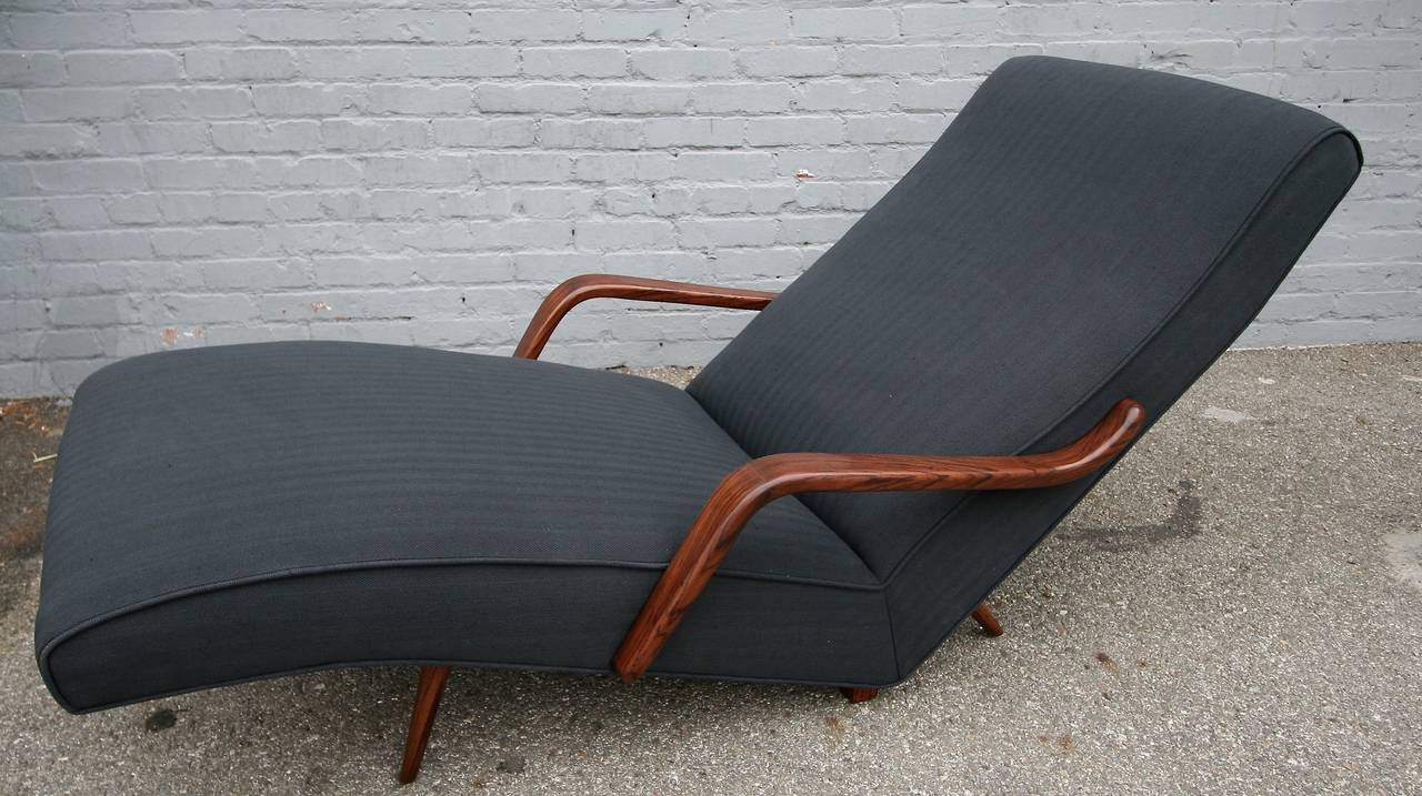 Mid-Century Modern Scapinelli 1960s Brazilian Rosewood Chaise Longue For Sale