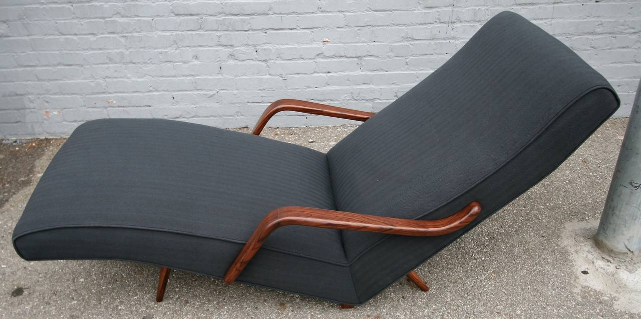 Mid-20th Century Scapinelli 1960s Brazilian Rosewood Chaise Longue For Sale