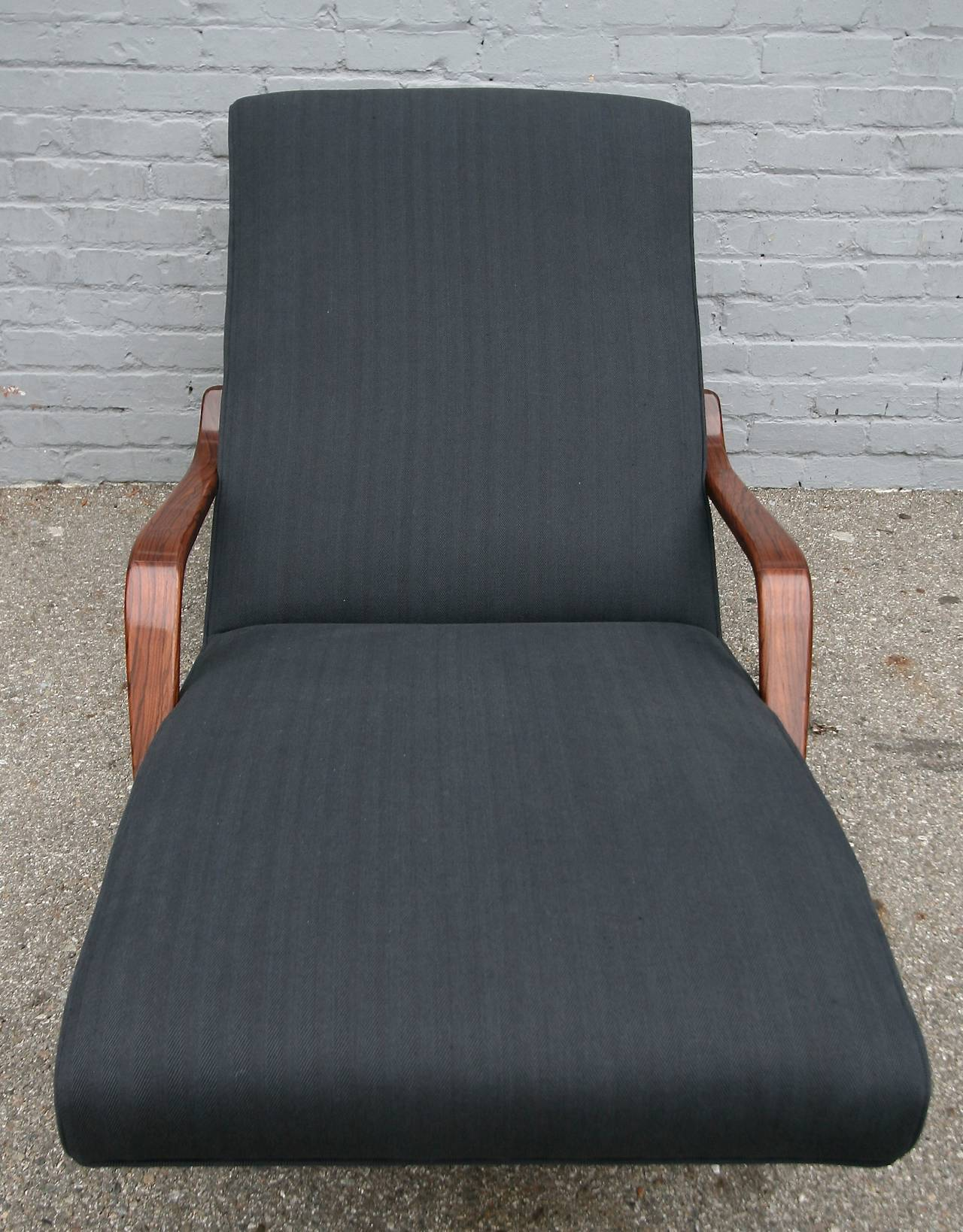 Scapinelli 1960s Brazilian Rosewood Chaise Longue For Sale 3