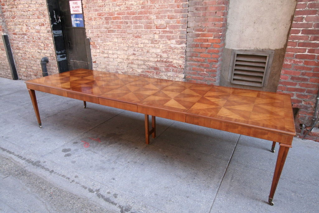 60 39 s dining table for twelve by baker furniture at 1stdibs