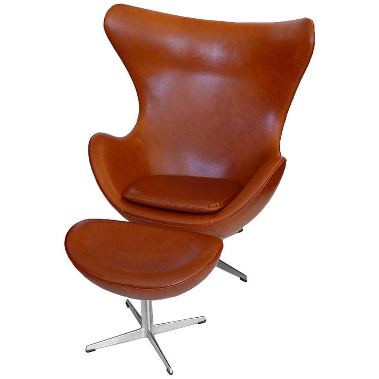 egg chair and ottoman by arne jacobsen in danish chestnut brown at 1stdibs. Black Bedroom Furniture Sets. Home Design Ideas