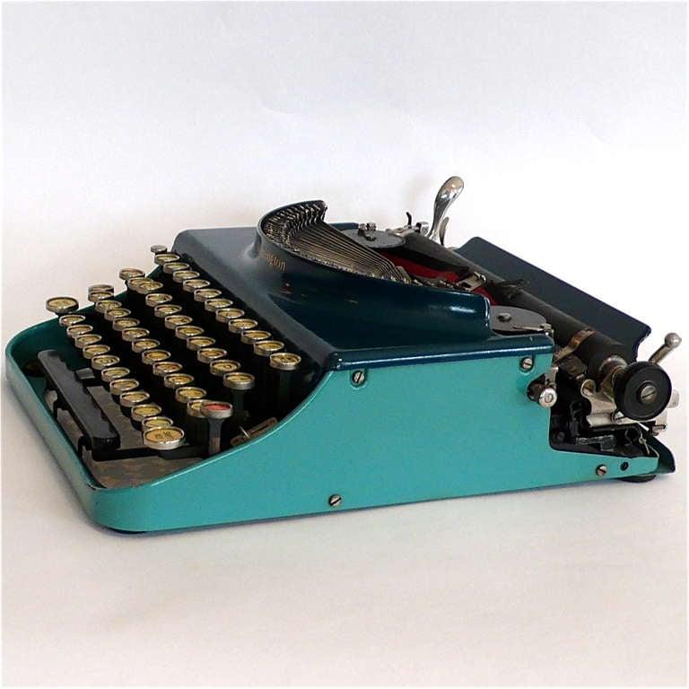 Fantastic Art Deco Original 1927 Blue-Turquoise Remington Typewriter 3