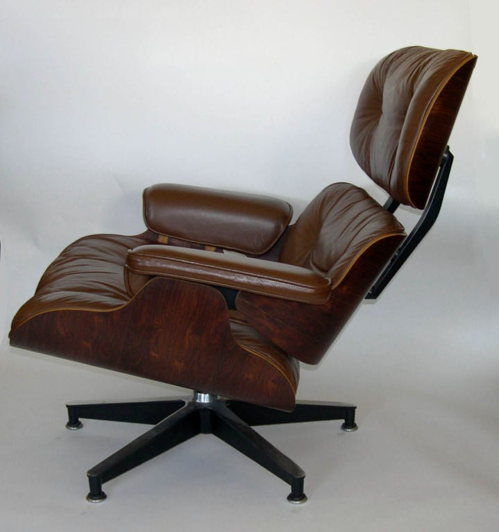original eames 670 lounge chair and 671 ottoman in chocolate brown at 1stdibs. Black Bedroom Furniture Sets. Home Design Ideas