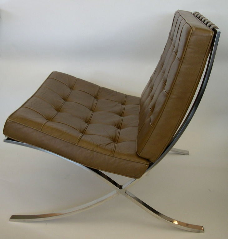 of tan knoll original mies van der rohe barcelona chairs at 1stdibs. Black Bedroom Furniture Sets. Home Design Ideas