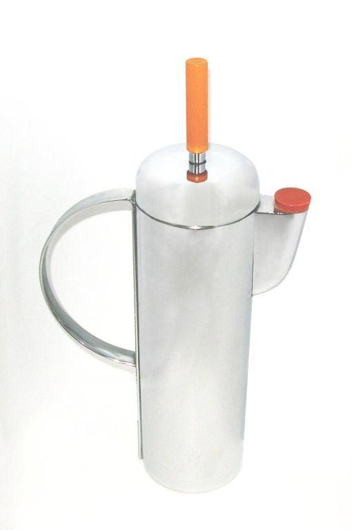 Bakelite 1938 Empire Cocktail Shaker by W.A. Weldon for Revere