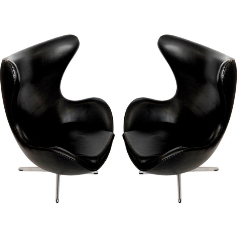 vintage egg chair in black leather by arne jacobsen 1 arne jacobsen egg chair leather black