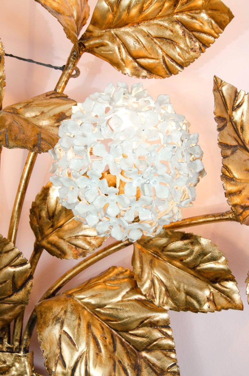 American Rare 1950s US Hydrangea Wall Light For Sale